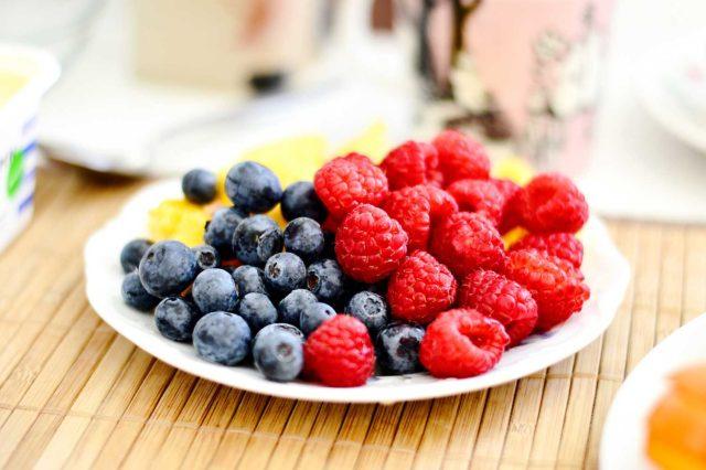 bowl of blueberries and raspberries
